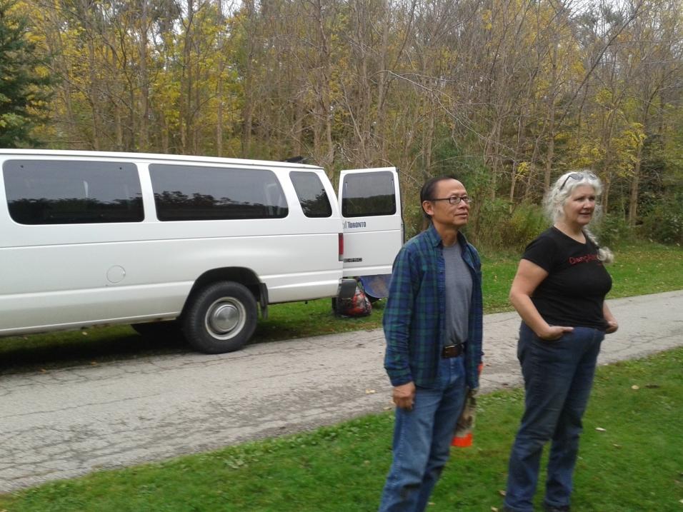 cedarvale-ava-plantings-volunteers-with-the-city-van