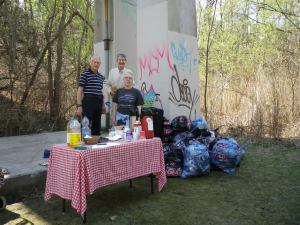 cedarvale cleanup day 018