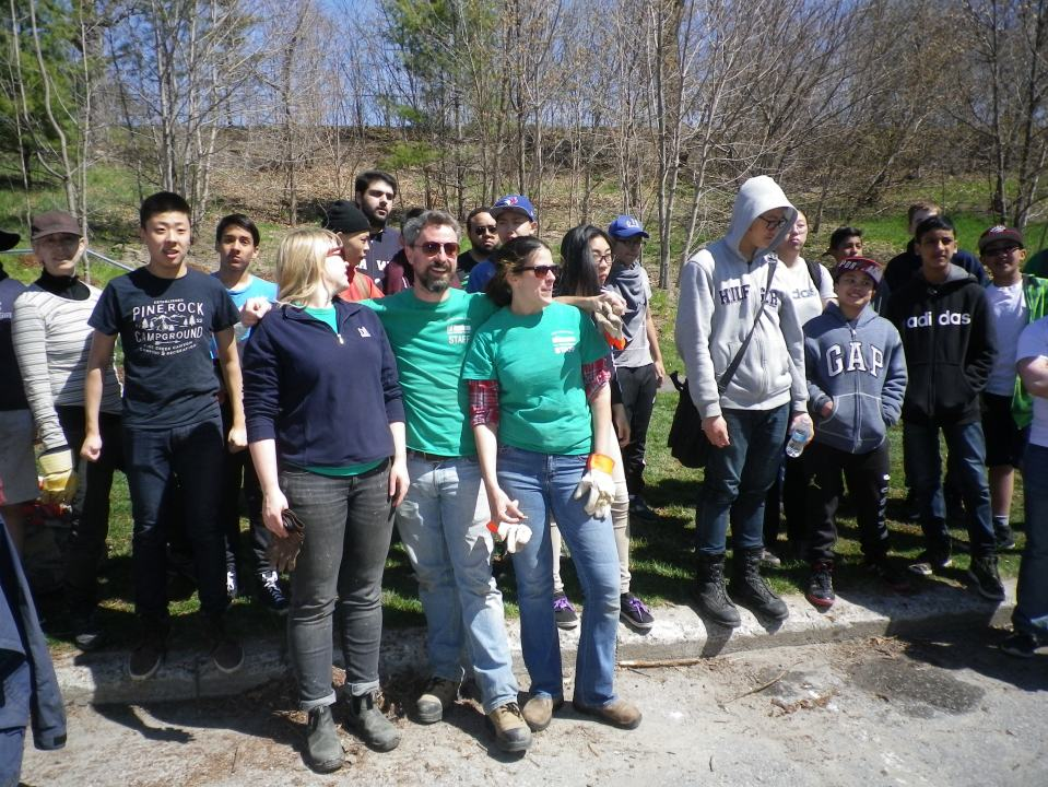 Cedarvale Tree planting May 2016 020