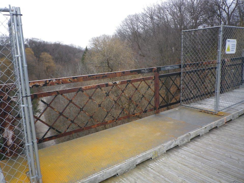 cedarvale-bridge-002