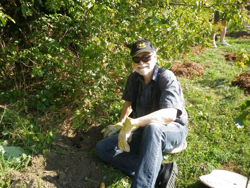 Cedarvale planting Sept. 17 020