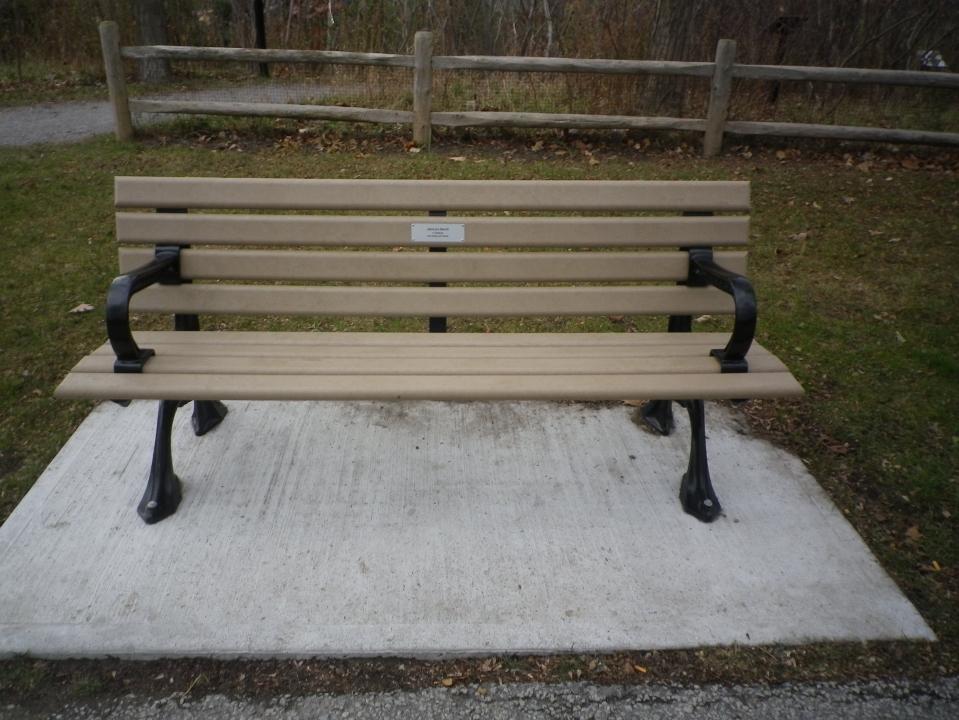 Cedarvale benches 744