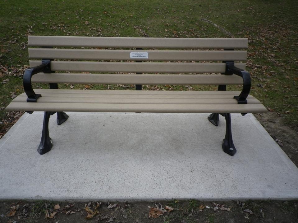 Cedarvale benches 746