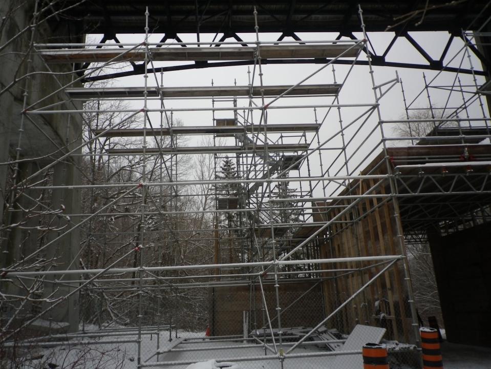 Cedarvale bridge construction 284