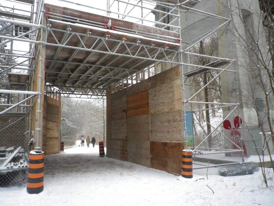 Cedarvale bridge construction 285